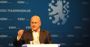 Header CDU