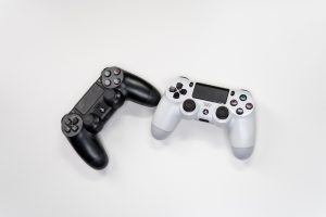 white-and-black-sony-ps-4-game-controller-3945657