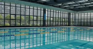 Header zwembad review